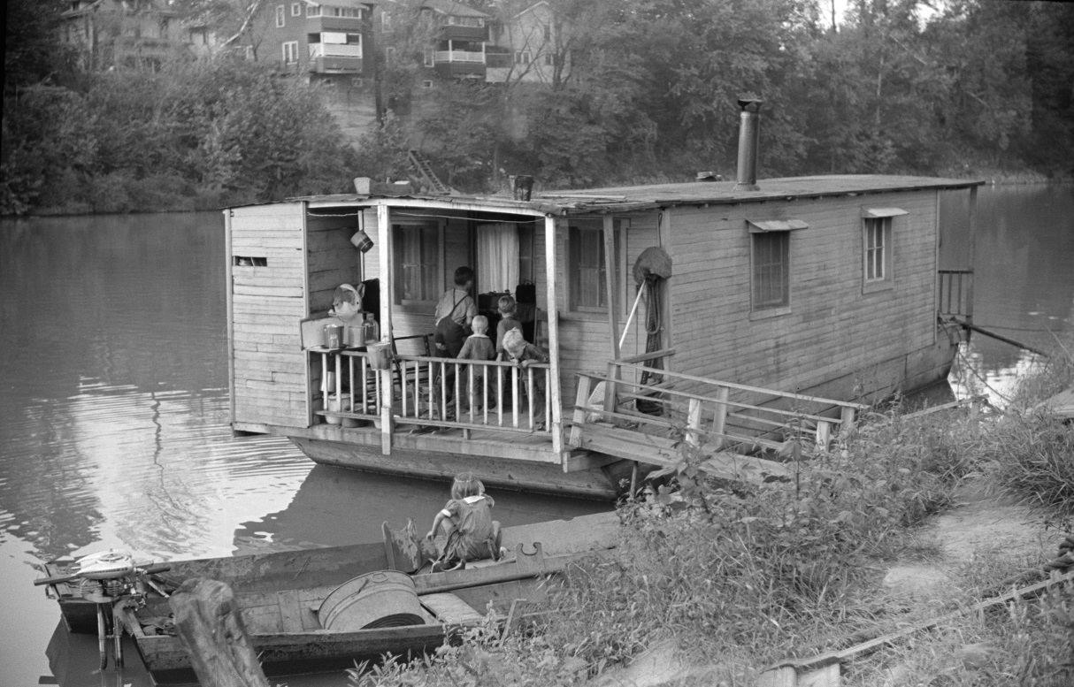 Shantyboat_Wolcott_Sept1938_full_LengthEXP