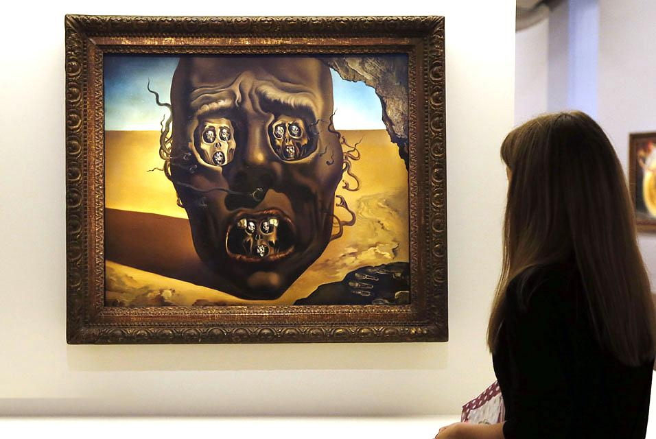 face war salvador dali Salvador dal í spanish 1904–89 reaction to the atrocities of the first world war, seen as a failure of rational thought dalí and surrealism introduction.