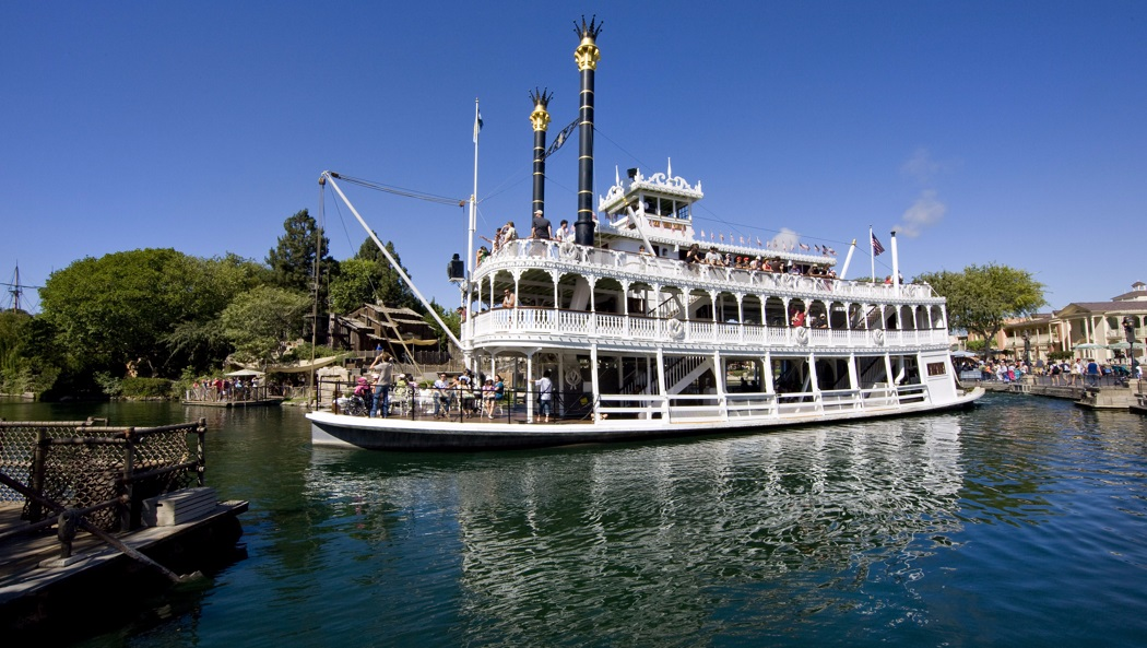 disneyland-mark-twain-riverboat Disney Examiner35percent